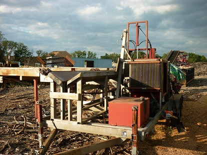 WOOD PROCESSOR & CONVEYOR
